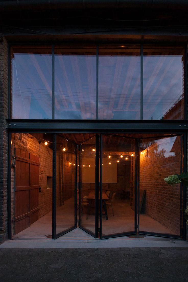 Die 25+ Besten Ideen Zu Haustür Glas Auf Pinterest | Innentüren ... Glas Fassade Spiegelfassade Baumhaus