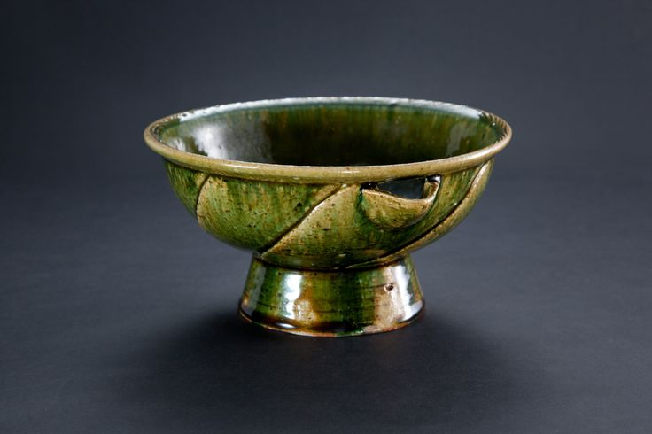 織部刻文片口 Bowl with a spout, Oribe type 2012