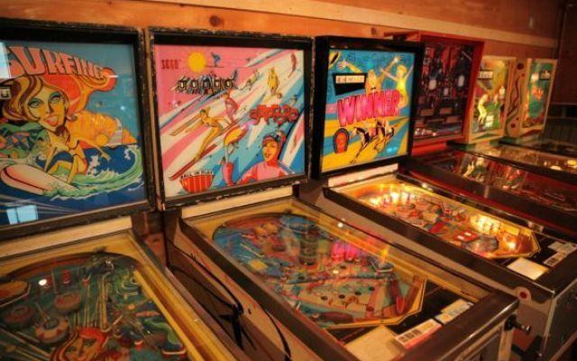 Il più grande museo di flipper e giochi arcade dagli anni 60 al 2000 dove si può giocare #museo #giochi #flippergiappone