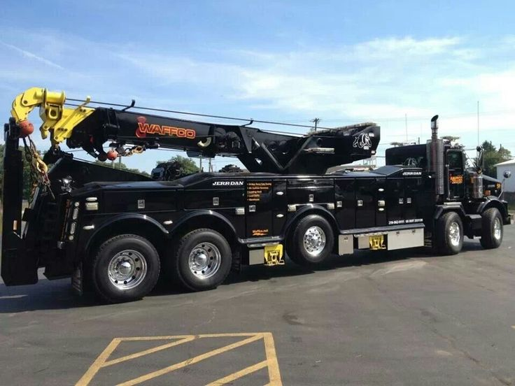 large heavy duty tow truck tow trucks pinterest tow truck bob s and brother. Black Bedroom Furniture Sets. Home Design Ideas