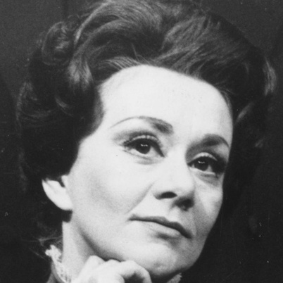 Dame Joan Plowright (England) With her marriage in 1961 to Laurence Olivier and later with his honors and peerage being granted him she is technically, Lady Olivier  and Baroness Olivier.  Titles she never uses.  A lifetime of marvelous performances on stage and screen.