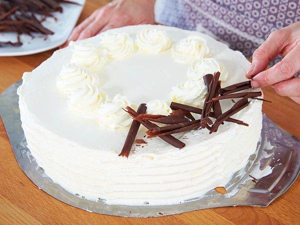 Malakofftorte backen - so geht's Schritt für Schritt - torte-verzieren  Rezept