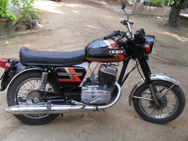 My 4th Ride - Yezdi Roadking (Black)  The original King of Indian Roads!