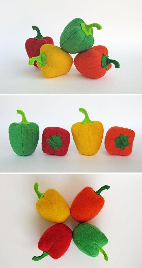 Jeu feutre alimentaire « Poivre Set » (4 pc: orange, jaune, rouge, vert) Je propose de vous acheter réaliste peluches, fait de feutre pour vos petits.