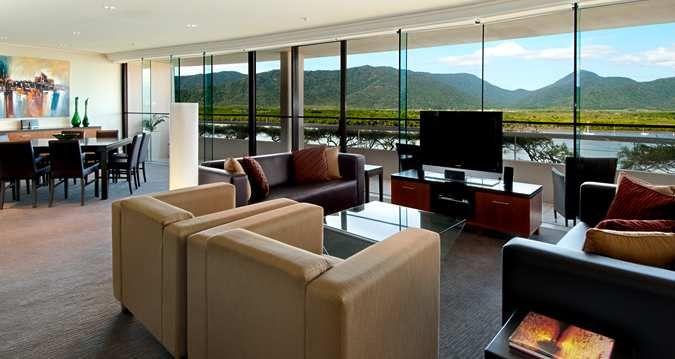 Hilton Cairns Premier Suite