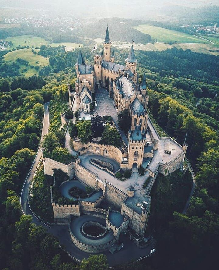 Castles Fairytales World On Instagram Tag Castellidelmondo Marcelsiebert Location Burghohenz In 2020 Beautiful Locations Hohenzollern Castle Castle