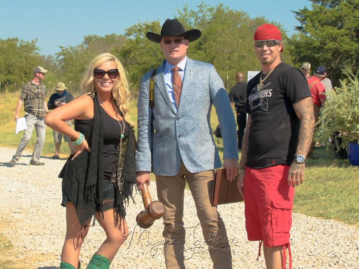 Young Guns-Suzi and Cody Slay with Auctioneer Myers Jackson on Texas Flip and Move as seen on DIY, HGTV, Great American Country