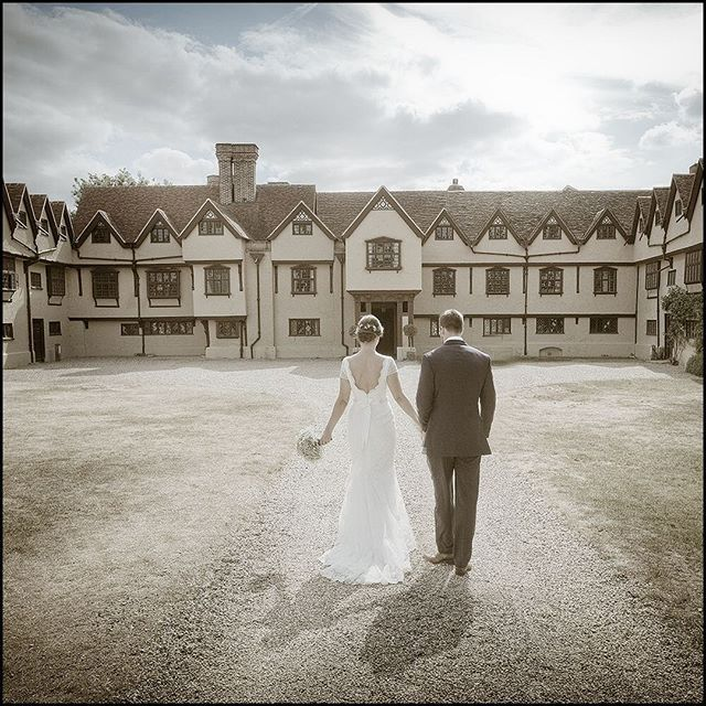 A late afternoon moment at a summer wedding at beautiful Ufton Court.