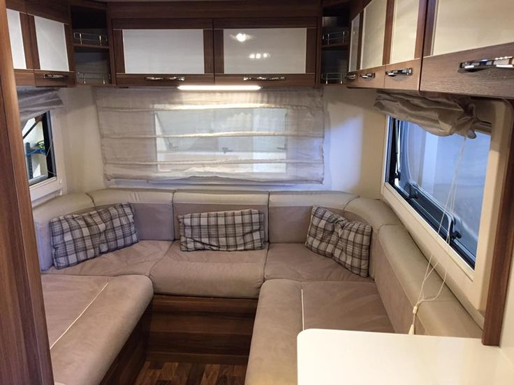 Motorhome with comfortable seating with a luxury finish. Plenty of room, perfect for the whole family. - Go Solent motorhome hire