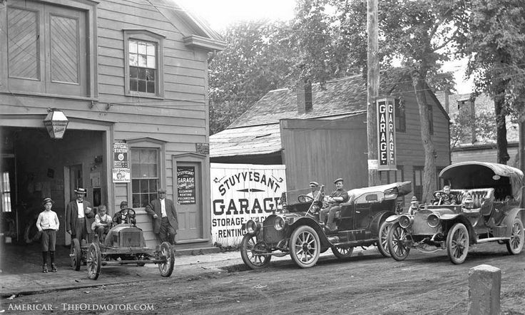 A.H. Chamber's Stuyvesant Garage, Kingston New York and a Brush car and a 1909 Model Thirty Packard