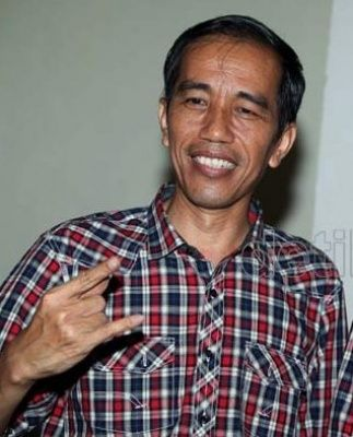 Share Anything You Want , Blusukan Jokowi Dipuji Media Amerika | HellOrLove.com