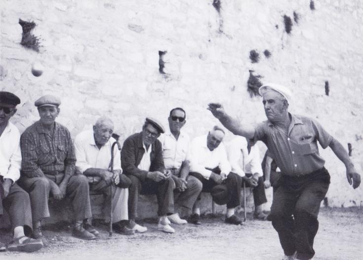 1962 Petanque player in La Ciotad   South of France  Photography © Henri Plas
