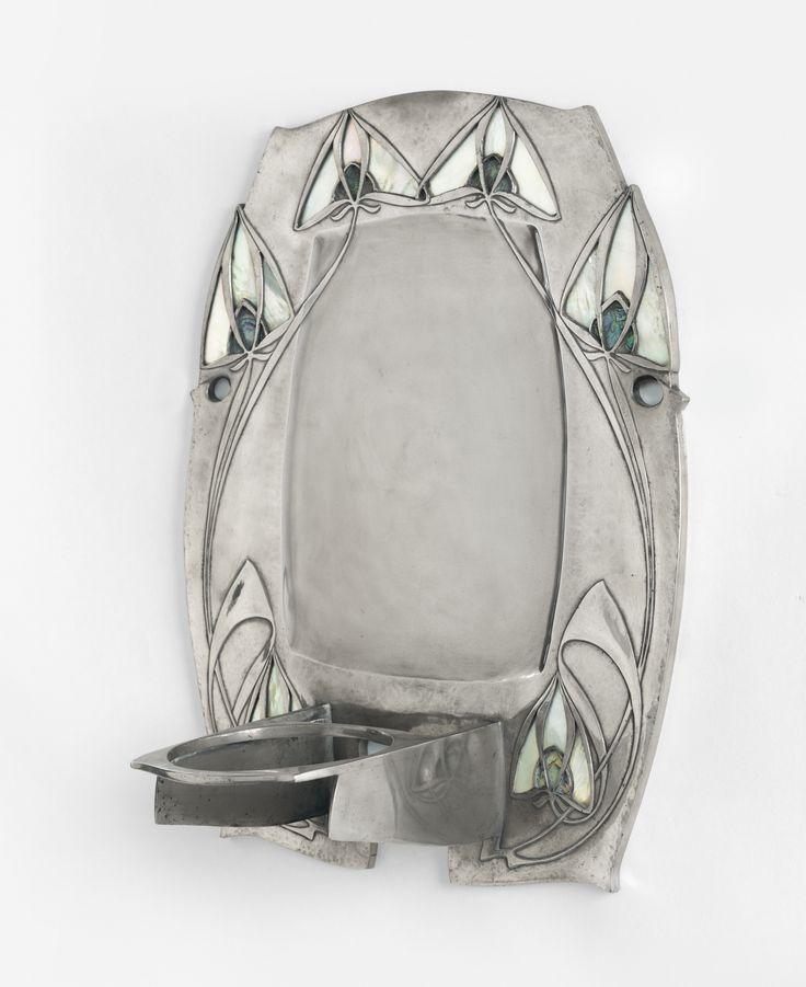 knox, archibald wallsconce, mode ||| object ||| sotheby's n09650lot97qcgen