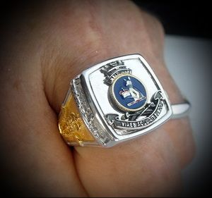 HMAS Melbourne Aussie Aircraft Carrier Ships Crest Ring with Gold Plated Emblems  http://silverhandicraftchiangmai.com/product/product_info.php?products_id=1007