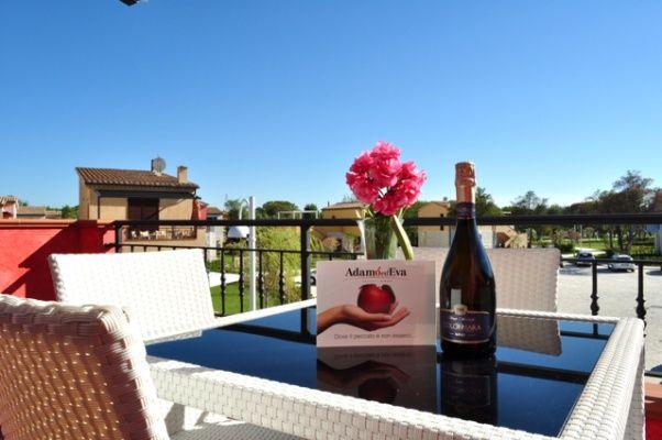 Prenota le tue vacanze di Pasqua in un ambiente raffinato ai piedi del #MonteConero #AdamoedEvaResort http://www.hotelsinmarche.com/adamo-ed-eva
