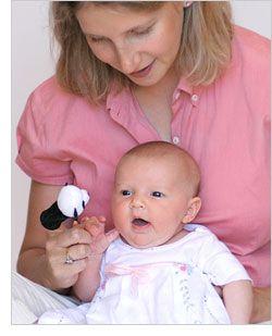 Juegos para fomentar el desarrollo de bebés de 1 semana de edad.