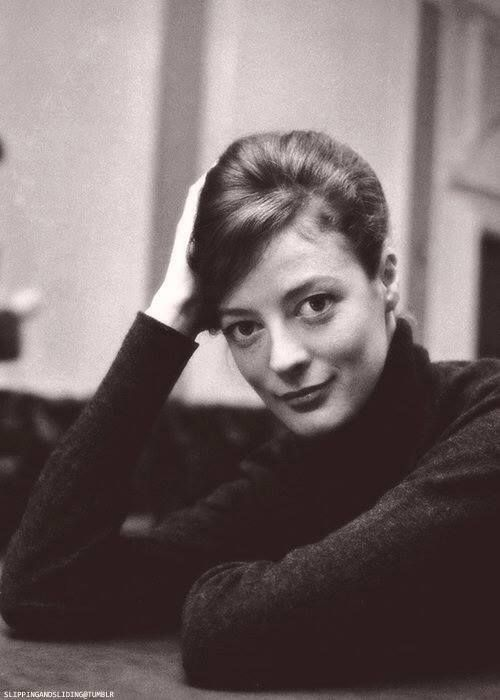 Maggie Smith - just as beautiful then as she is now.