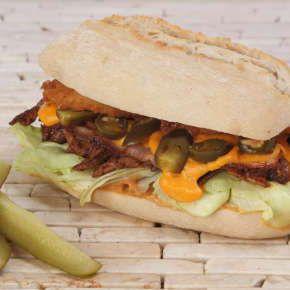 Pulled Pork Sandwich - All About Street Food (Új/New!) | Rendeld meg most a LeFoodon, Házhozszállítással, online, másodpercek alatt: http://lefood.hu/allaboutstreetfood | Összetevők: Ciabatta, sertéshús, aioli, jégsaláta, káposztasaláta, karamellizált hagyma, paradicsom, BBQ szósz | EN: Order now online! Pulled Pork Sandwich: Ciabatta, pork, aioli, lettuce, Coleslaw, caramelized onion, tomato and BBQ sauce