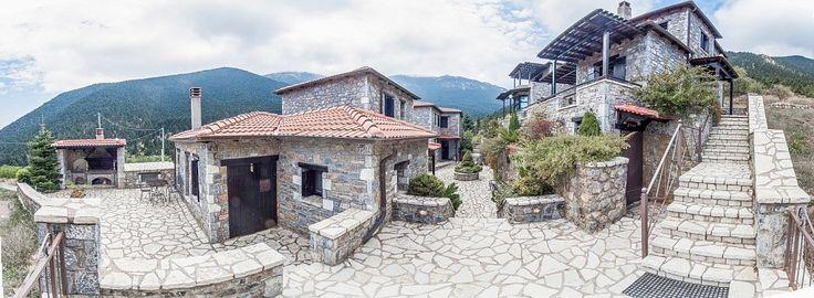 Ostra Menalon Luxury Suites θέα από το πλάι