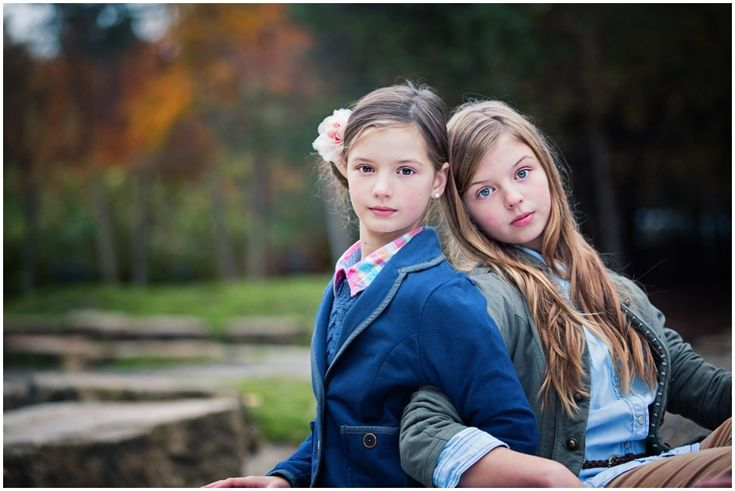 Hampshire Family Photographer – Three Sisters in Wickham » Hampshire Wedding & Portrait Photographer....love this pose