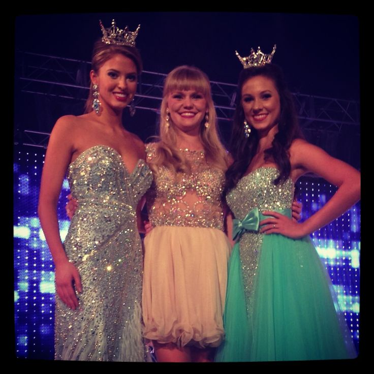 @RachelMAOTeen @Cpatttttt @SydneyESill23 Three# #INCREDIBLE #MissSouthCarolinaTeen's! Three #Gorgeous #FoxyLadies and Three #beauties! #RachelWyatt #MissAmericasOutstandingTeen #MAOT #dressed by #TheFoxyLady #Gorgeous #BabyBlue #Gown #Feathered bottom #CaitlenPatton #MissSCTeen2011 dressed by #FoxyLady in a #NEW #short #cocktail #dress #SydneyElizabethSill #MissSCTeen2012 #columbia #southcarolina #mao #misssc #pageant #ShopFoxyLady