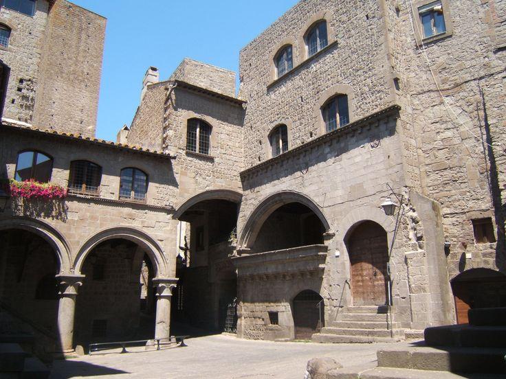 Quartiere medievale di San Pellegrino Palazzo degli Alessandri