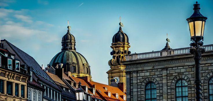 Desde museos hasta parques pasando por fiestas populares como el Oktoberfest, te contamos qué ver en Múnich y cómo llegar con vuelos baratos.