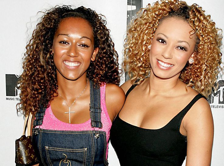 Wow! Mel B., Melanie Brown and sister Danielle Brown look like twins. <3