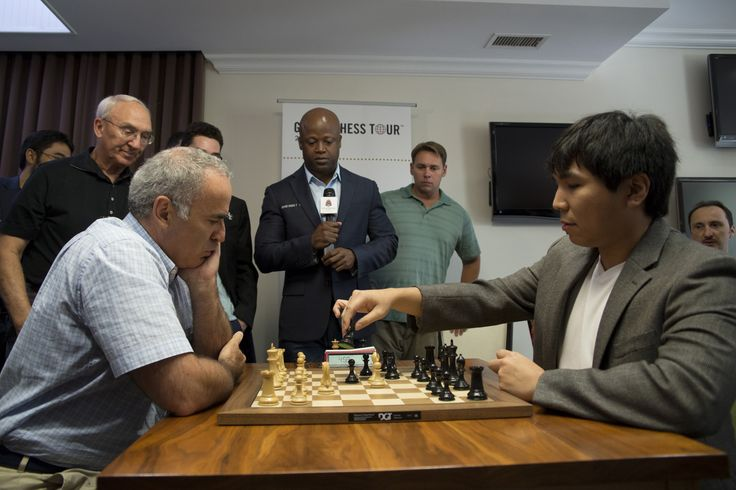 Grandmaster chess legend Garry Kasparov, left, competes against Grandmaster and 2016 Sinquefield Cup Champion Wesley So, right, during the Sinquefield Cup Chess Tournament's Ultimate Moves exhibition match. (Nick Schnelle/AP)