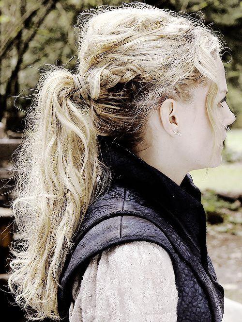 Emma Swan hair detail