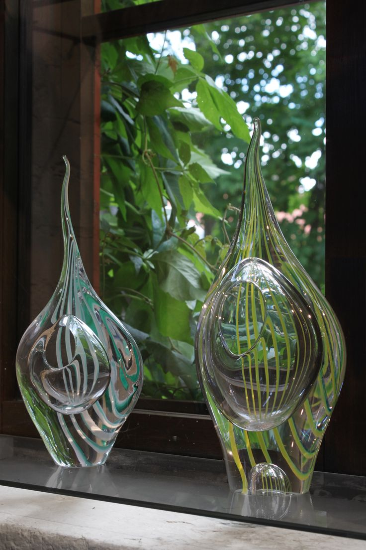 Rausku (Ray fish) glass art sculpture by master glassblower Kari Alakoski.