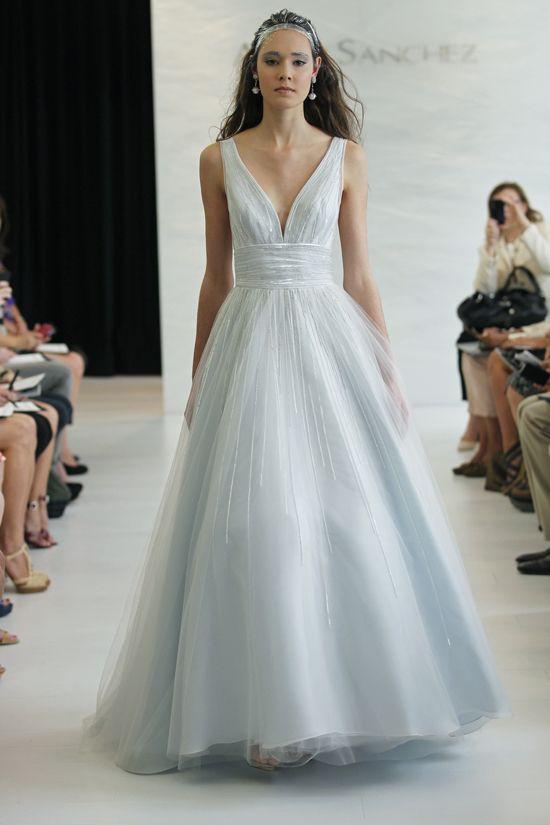 Robe de mariée couleur pastel