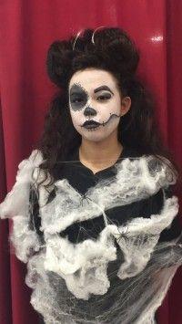 ¡Bienvenidos a #Halloweenstories ! Nuestros alumnos ya tienen la primera propuesta para este Halloween. ¿Qué te parece? Dale al link para verlo   http://joseppons.com/formacio/noticia/halloween.html