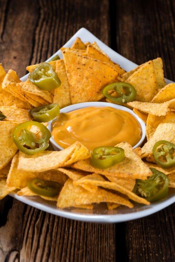 Cremige Käsesoße für Nachos – wie im Kino!