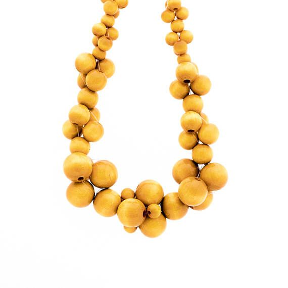 MoleCOOLs Yellow wooden necklace