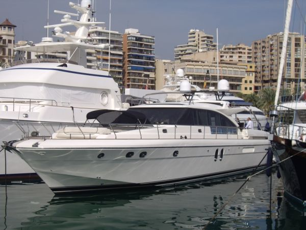 """Guy Couach 2100 Open Hard Top - http://boatsforsalex.com/guy-couach-2100-open-hard-top/ -                          US$2,554,110  Year: 2004Length: 72'Engine/Fuel Type: TwinLocated In: Palma de Mallorca, SpainHull Material: FiberglassYW#: 67851-1989461Current Price: EUR1,850,000 Tax Paid (US$2,554,110)If you looked up the word """"retro"""" in the dictionary, ..."""