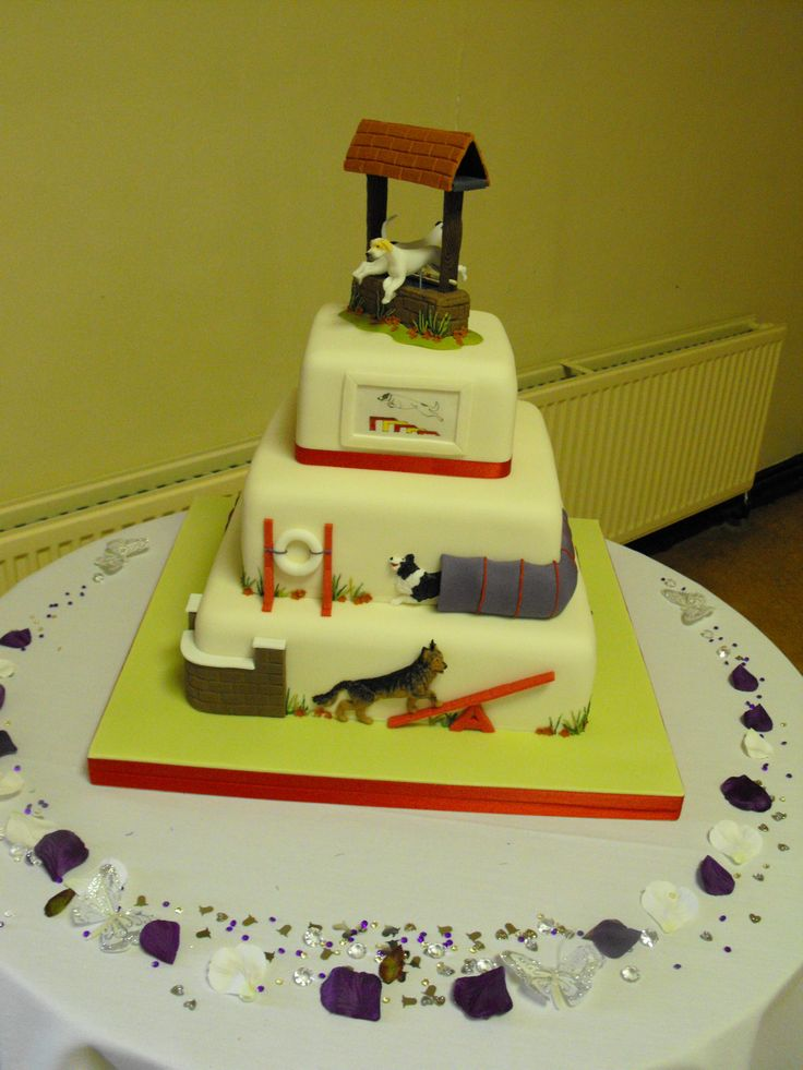 Wedding Cake made for agility trainers with obstacles and ...