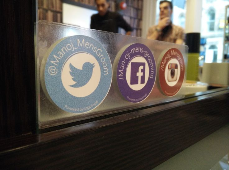 The team at Man.oj  Mens Grooming rocking their latest Mirrotag social media tags. Feedback has been fantastic and these guys really are turning their footfall into followers #tyfif #logotag #salon #mirrortag