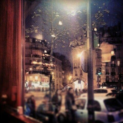 Paris nuit café saint germain