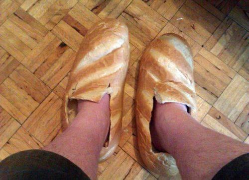 Vandaar dat ze het in België een slof brood noemen!