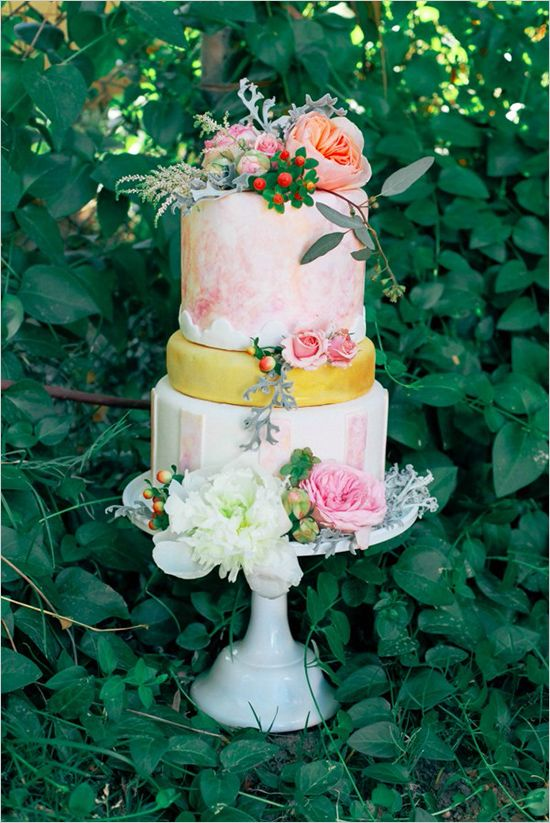 triple tier pastel wedding cake