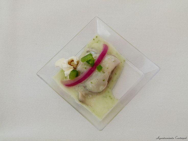 Tapa de ostras elaborada por la escuela de hostelería de Tapia de Casariego . Festival de la Ostra de Castropol 2014. #TapiadeCasariego #Ostras #oyster #FestivaldelaostraCastropol