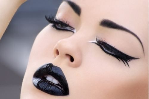 Black lipstick, there's just something about it.