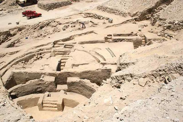 Egyptian ruins | Peruvian Pyramid Older Than Egypt, Civilization Rivals Sumerians In ...