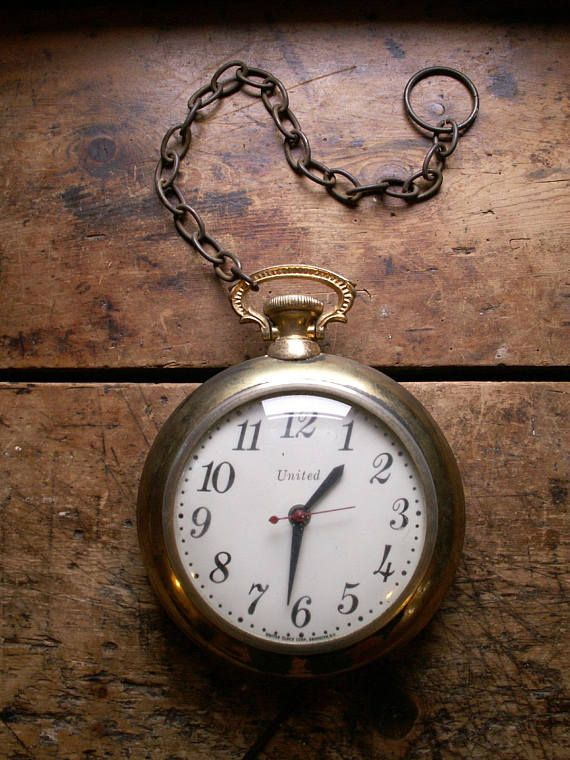 Vintage Gold Pocket Watch Style Electric Wall Clock from