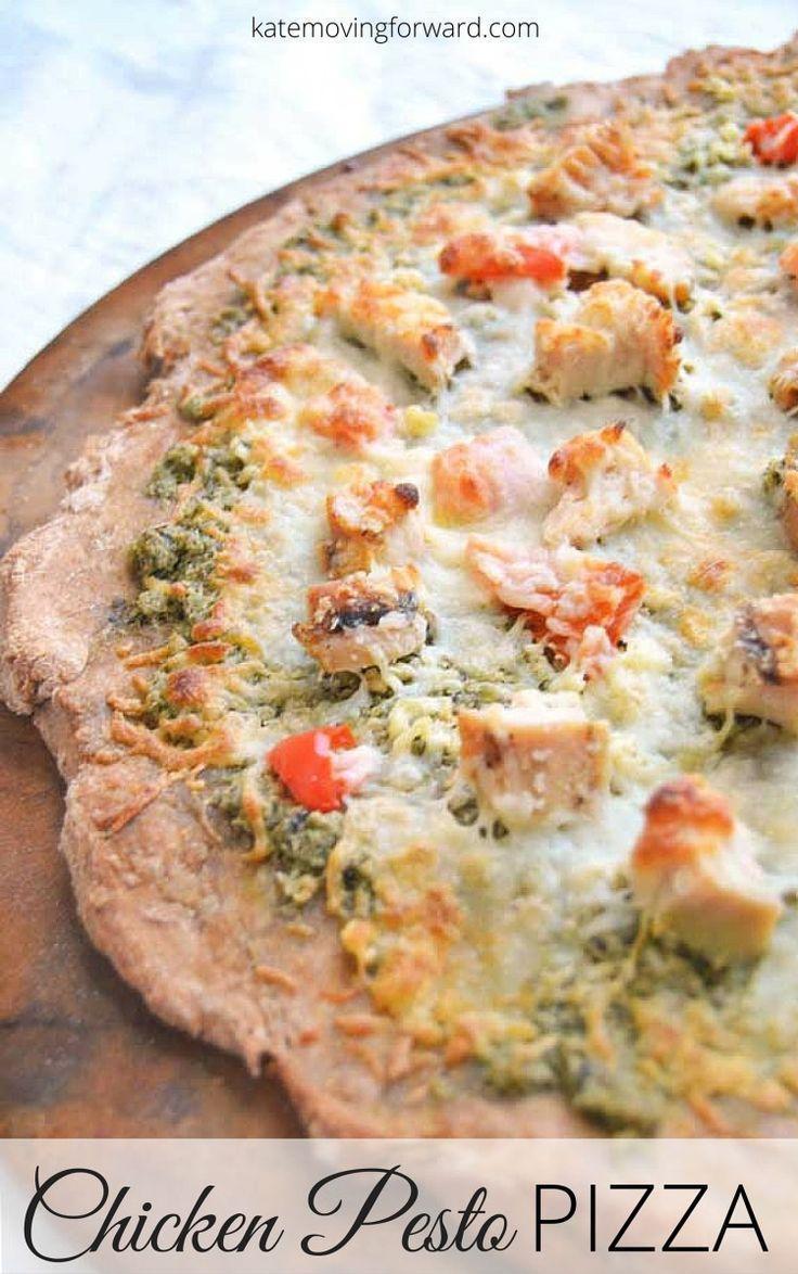 Chicken Pesto Pizza - a delicious and easy homemade pizza with fresh garlic, pesto, chicken, and roasted red peppers! YUM!! #pizzarecipe #homemadepizza #pestopizza