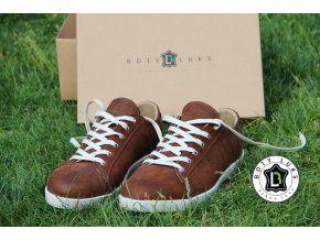Šněrovací kožené pánské tenisky nevyjdou z módy nikdy. Koupila jsem je teď příteli http://www.botyluks.cz/kecky/