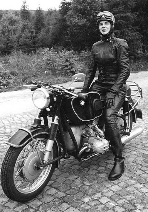 anke-eve goldmann | woman on two wheels