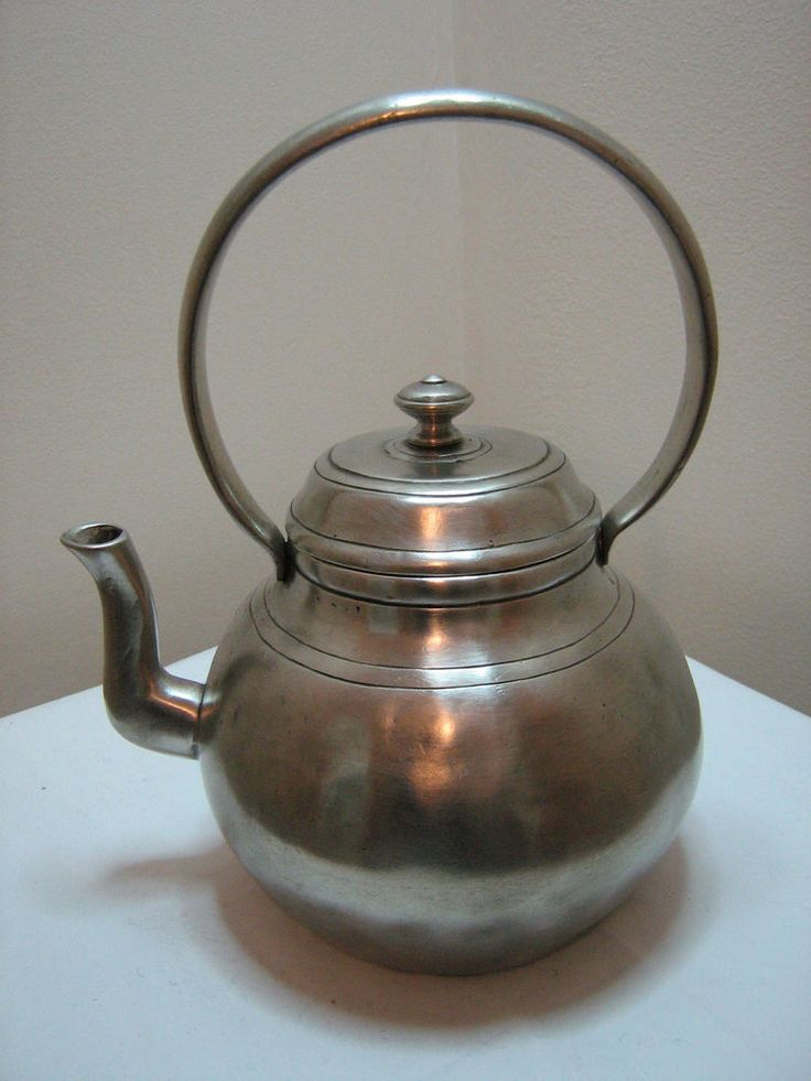 GT449 Pewter Teapot approx.19.5cm inc handle, traditional, aged finish