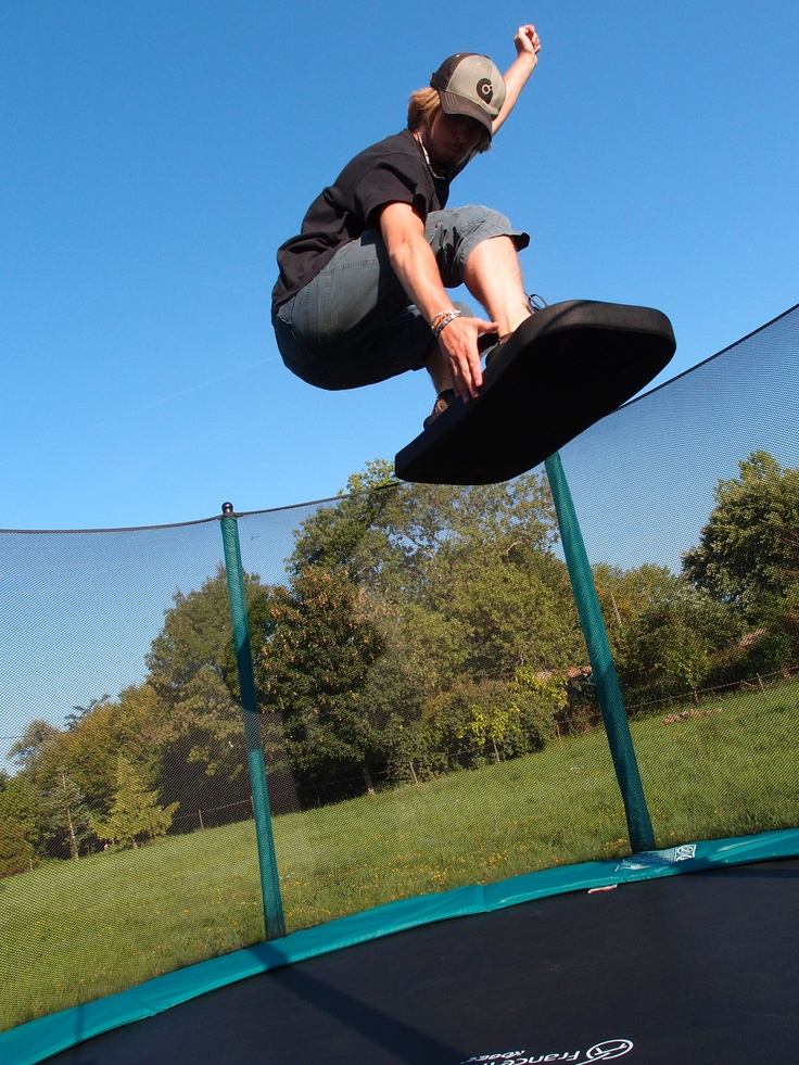 51 best freestyle sur trampoline images on pinterest for Trampoline interieur